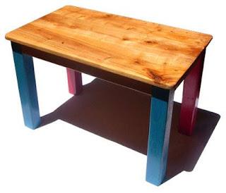 Sebuah kisah meja kayu