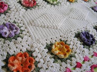 tapete croche rosetas coloridas, receita estilotex