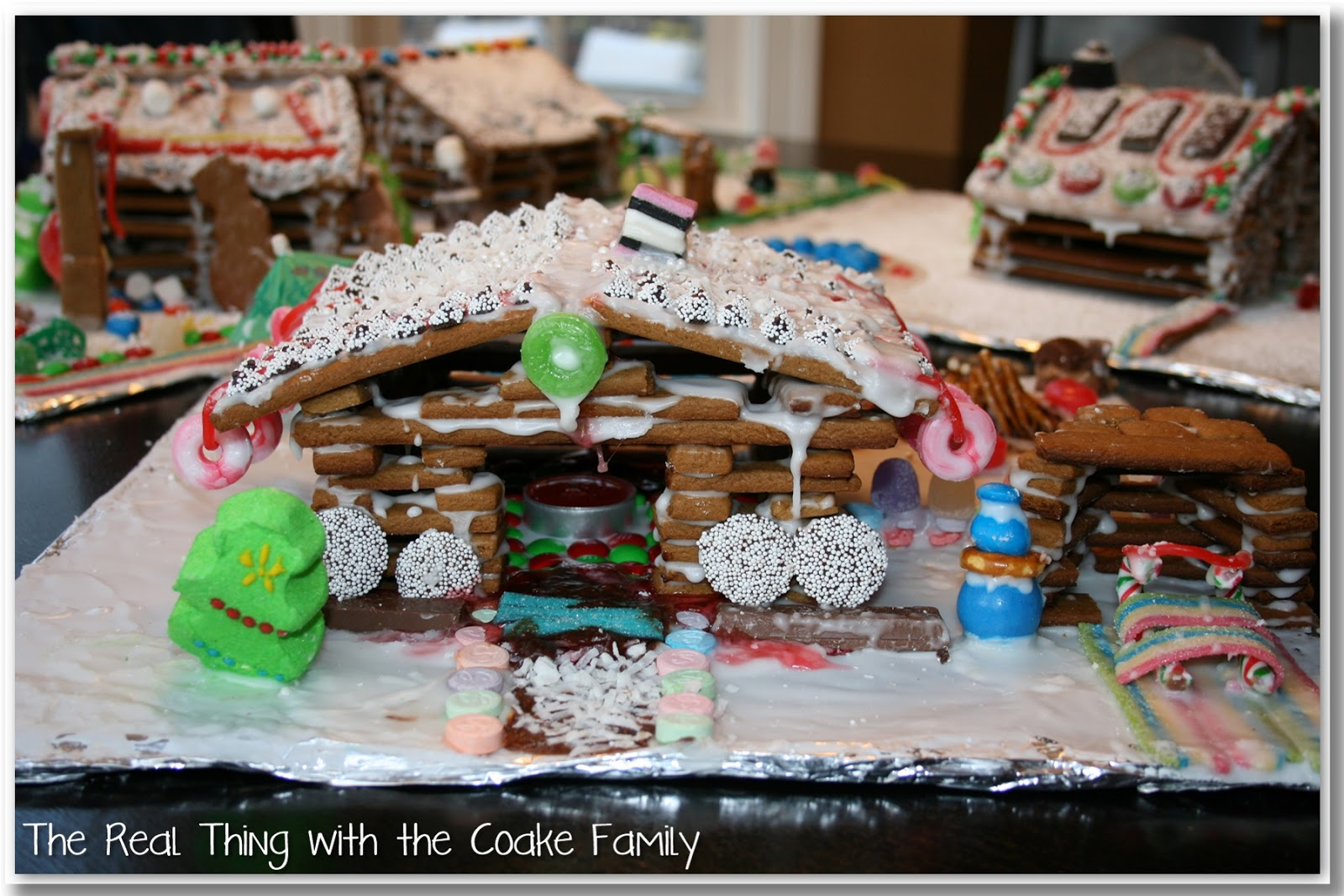 christmas activities gingerbread house