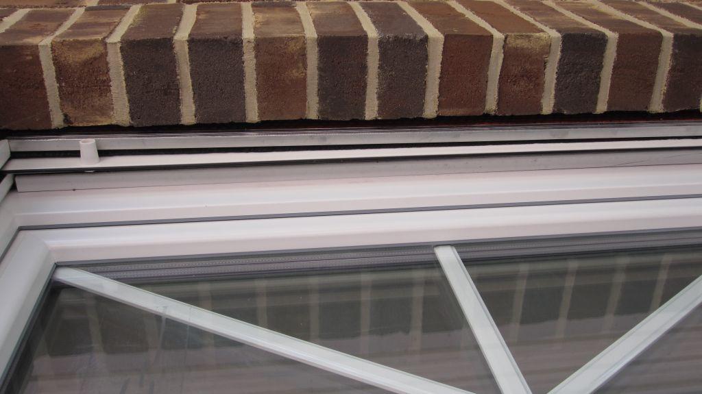Abenteuer traumhaus das drama um unser 3 4 nord fenster for Fenster quellband