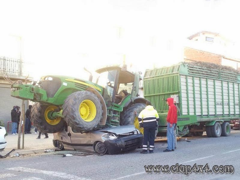 Farm Tractor Pto Accidents : Tractors farm machinery tractor vs car