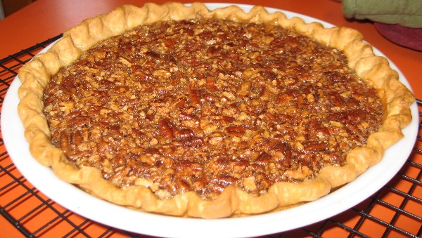 Coleen's Recipes: MAPLE PECAN PIE