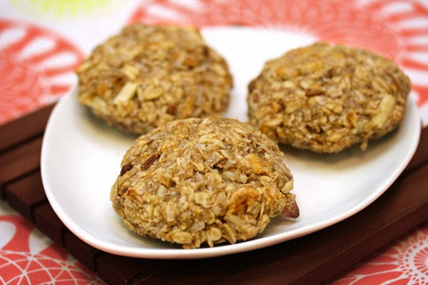 apricot-coconut-oatmeal-cookies