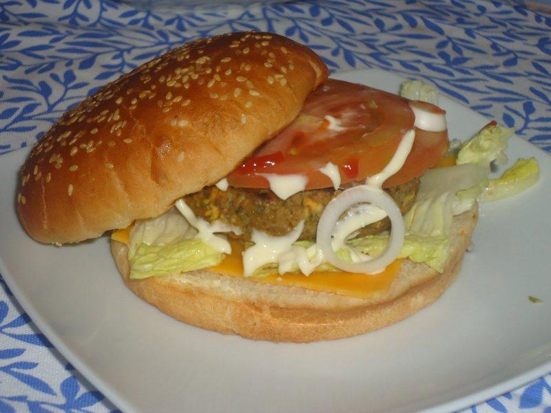 Hamburguesa rompedora de jamie oliver taringa for Cocina 5 ingredientes jamie oliver