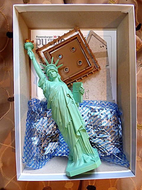chez maximka statue of liberty 3d puzzle from ravensburger. Black Bedroom Furniture Sets. Home Design Ideas
