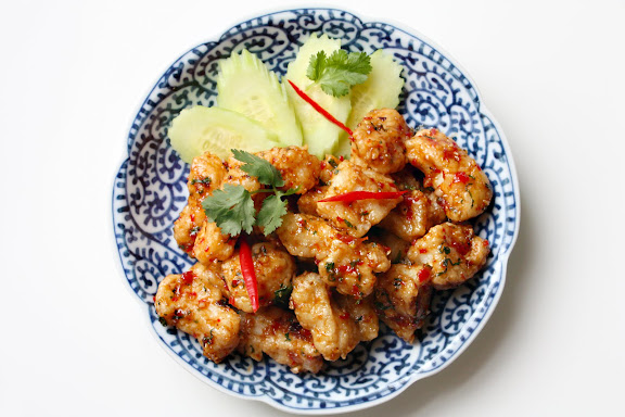 thai fried fish three flavor sauce