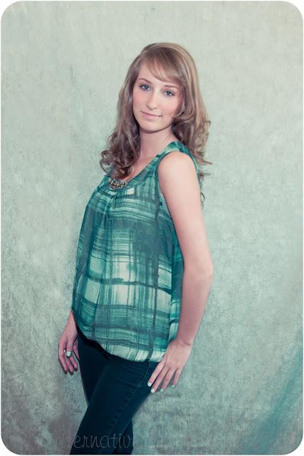 Alana – Senior Model – Senior Photography – Janesville, WI