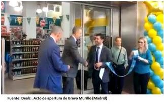 Foto apertura de Dealz, Álvaro Villamizar en apertura Bravo Murillo
