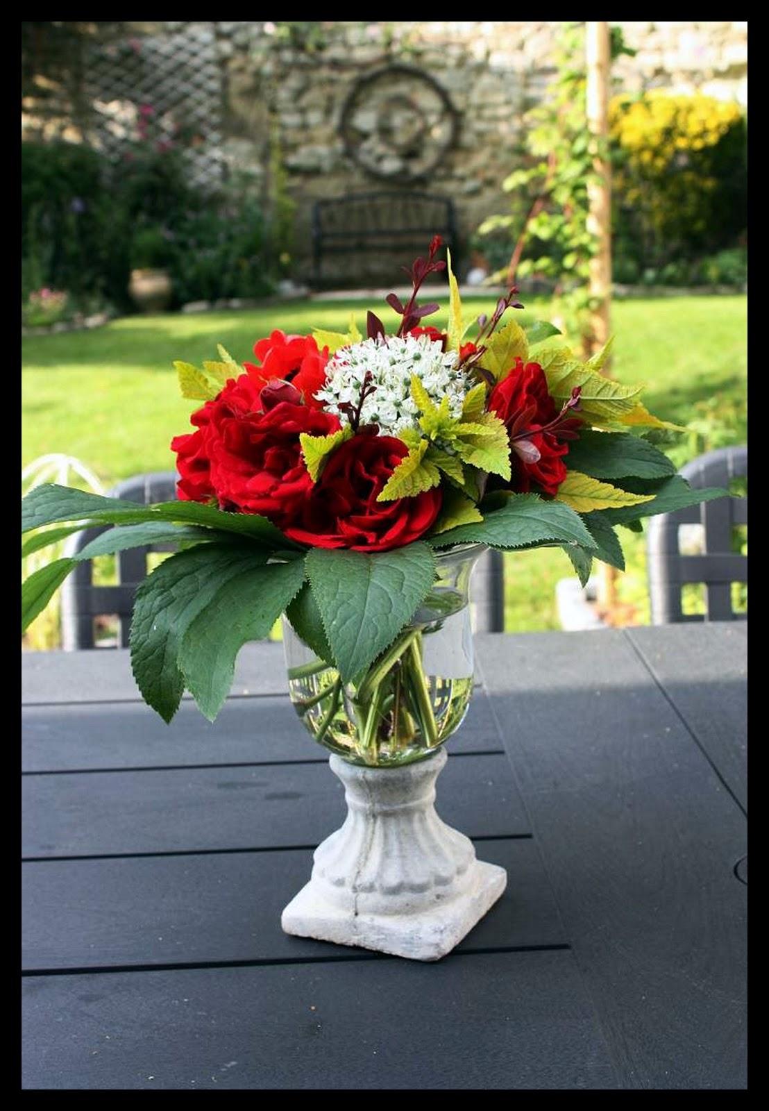 Le jardin des couronnes bouquet de fleurs du jardin for Un jardin de fleurs