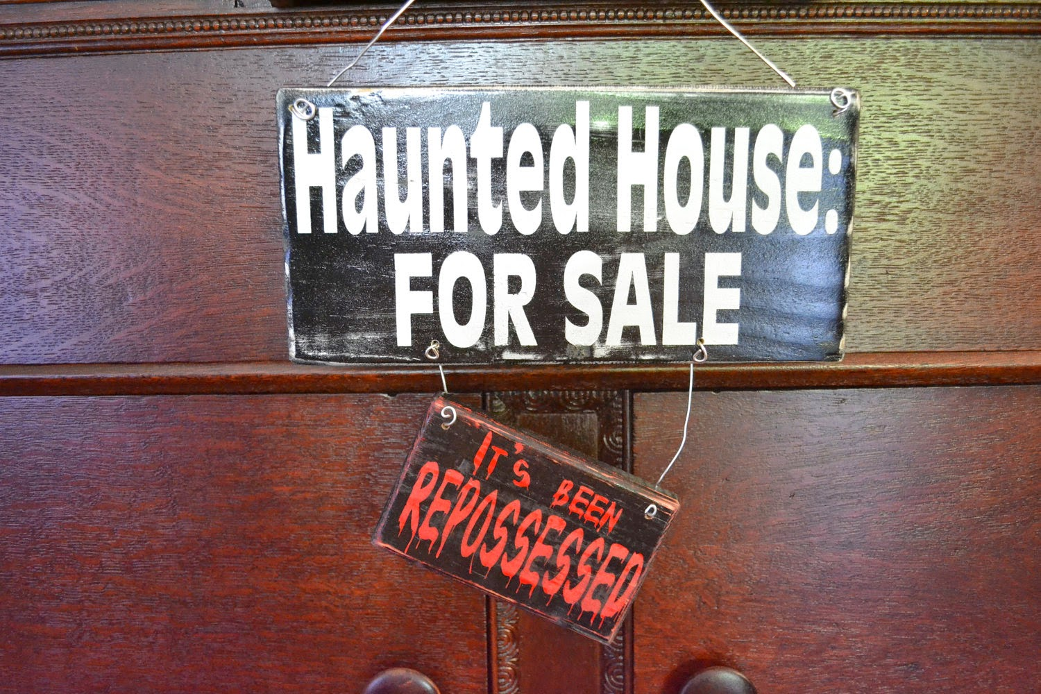 how to find haunted houses for sale