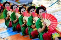 Merangkai Gerak Dasar Tari Tradisional Indonesia