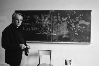 Louis Althusser, fotografiado en 1973 durante una de sus clases en la Escuela Normal Superior de Pa