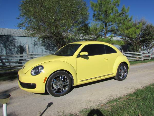 2012 VW Beetle Yellow Low Miles