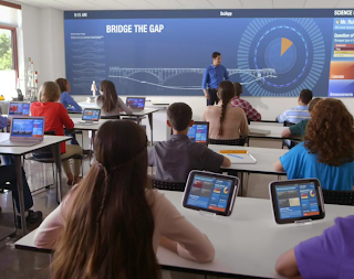 students in a technology based classroom