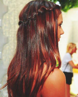 3 formas de hacerte tu mismo las mechas en el cabello