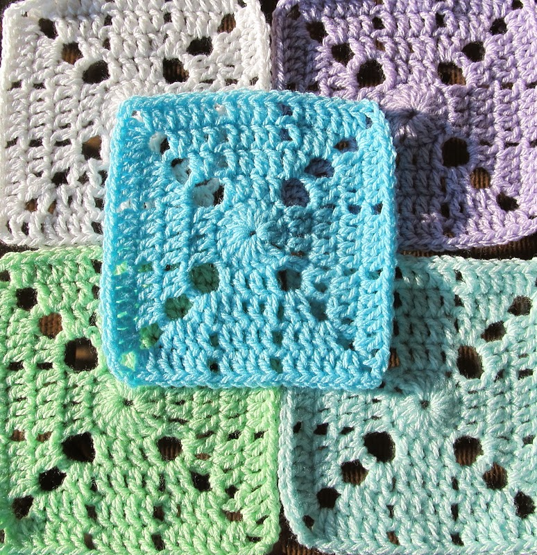 Crochet Granny Square Pattern : SmoothFox Crochet and Knit: Are you participating? Want a ...