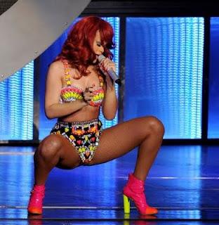 imagem rihanna show, rihanna gostosa sexy