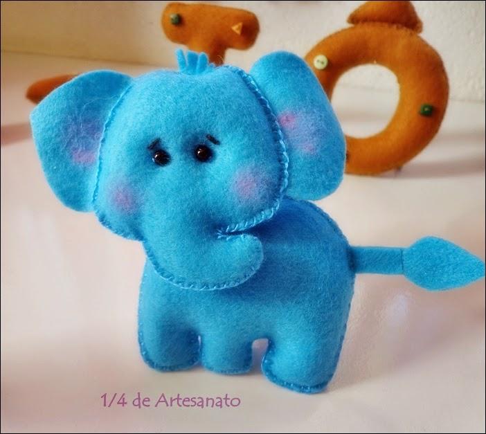 bichinho safári elefante em feltro