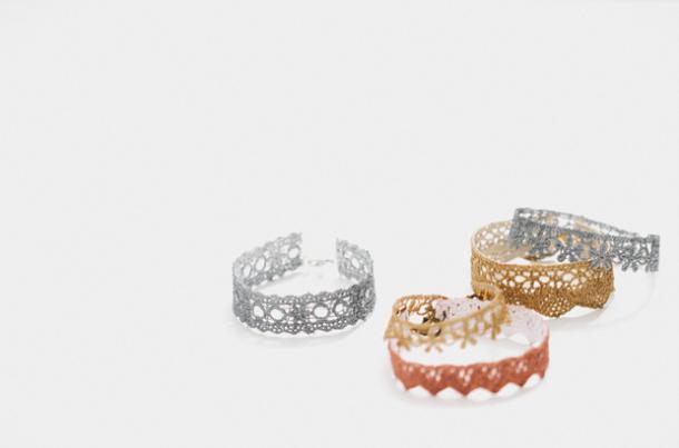 DIY delicate lace bracelet tutorial