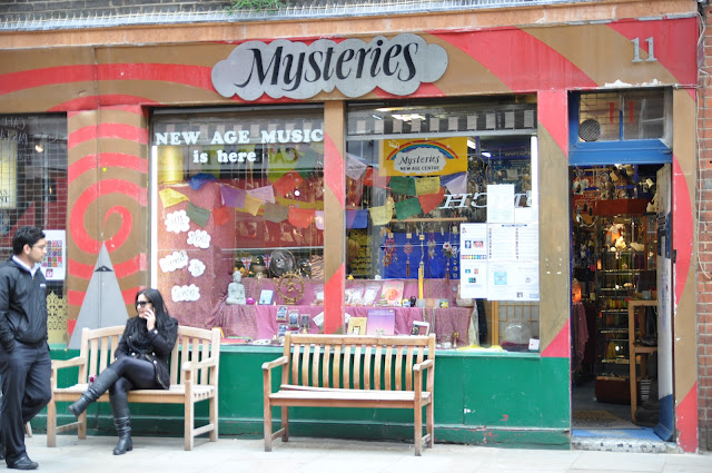 Mysteries+astrology+psychic+reading+Seven+Dials+Covent+Garden+London