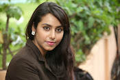Khenisha Chandran Photo shoot-thumbnail-1