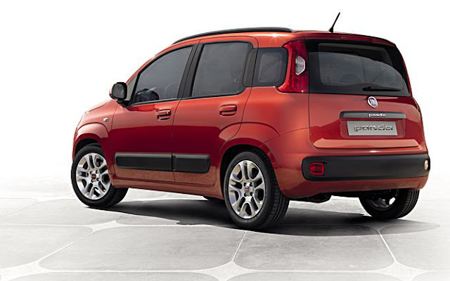 Nuova Fiat Panda 2012, foto statica, tre quarti posteriore, rossa