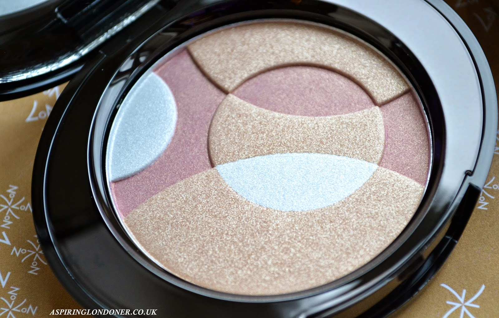 No7 Radiant Spheres Highlighter Review & Swatch - Aspiring Londoner