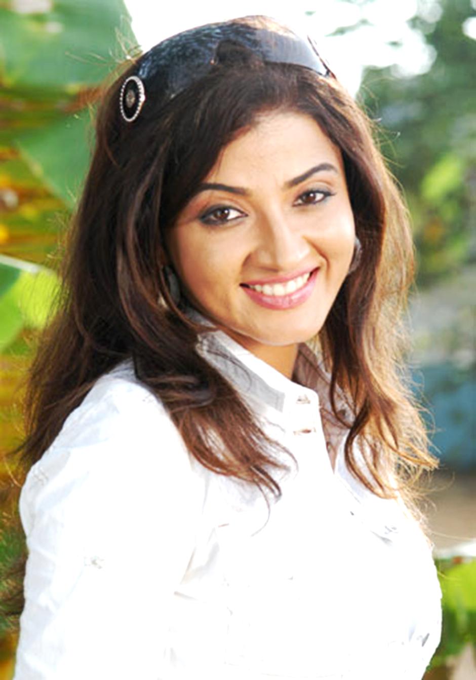 <b>Suhasi Dhami</b> Fans Club: <b>Suhasi Dhami</b> Stills HD - Suhasi-Dhami-0