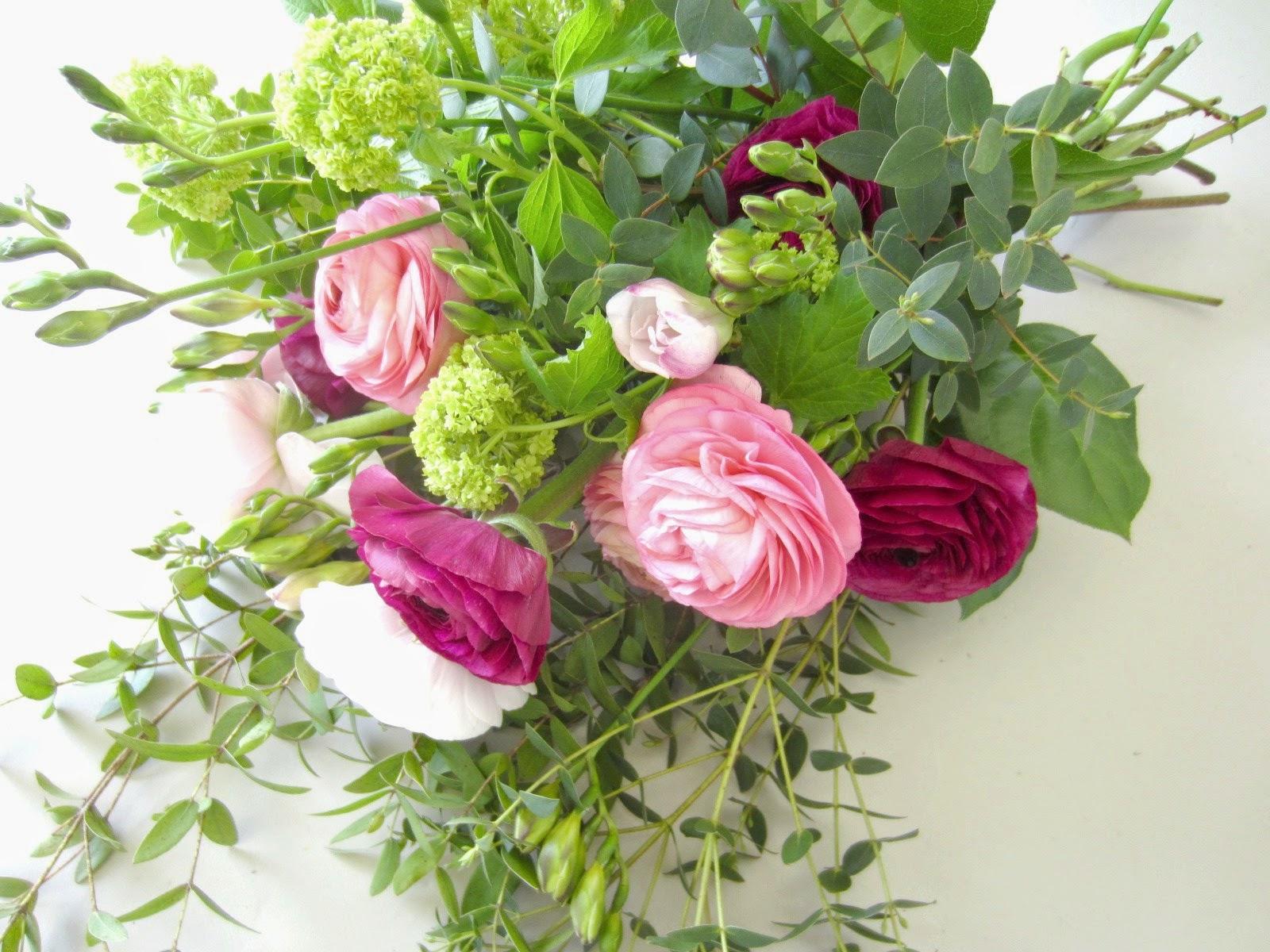 la petite boutique de fleurs renoncules du var et viburnum. Black Bedroom Furniture Sets. Home Design Ideas
