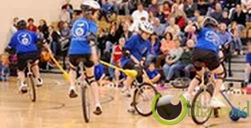 Hockey Dengan Sepeda Roda Satu