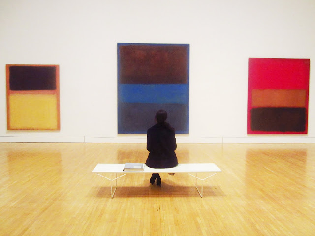 Coco of COCOCOZY with her favorite Rothko painting