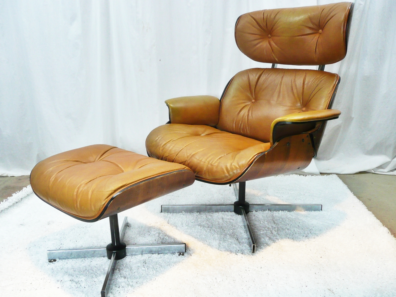 Modern mid century danish vintage furniture shop used restoration