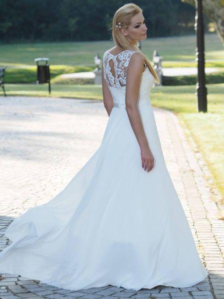 Suknie ślubne Vestido Suknia ślubna Julia Rosa Model Iris O Kroj