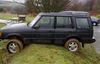smesne slike auto se zaglavilo
