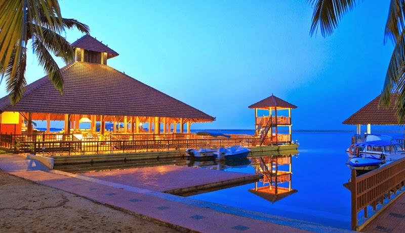 Luxury Poovar Resort