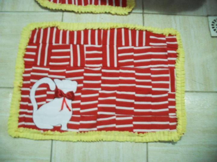 Jogo De Banheiro Amarelo Com Vermelho : Rose jogo de banheiro gatinho vermelho e amarelo