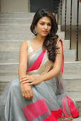 Shraddha das Latest Photos in Saree-thumbnail-16