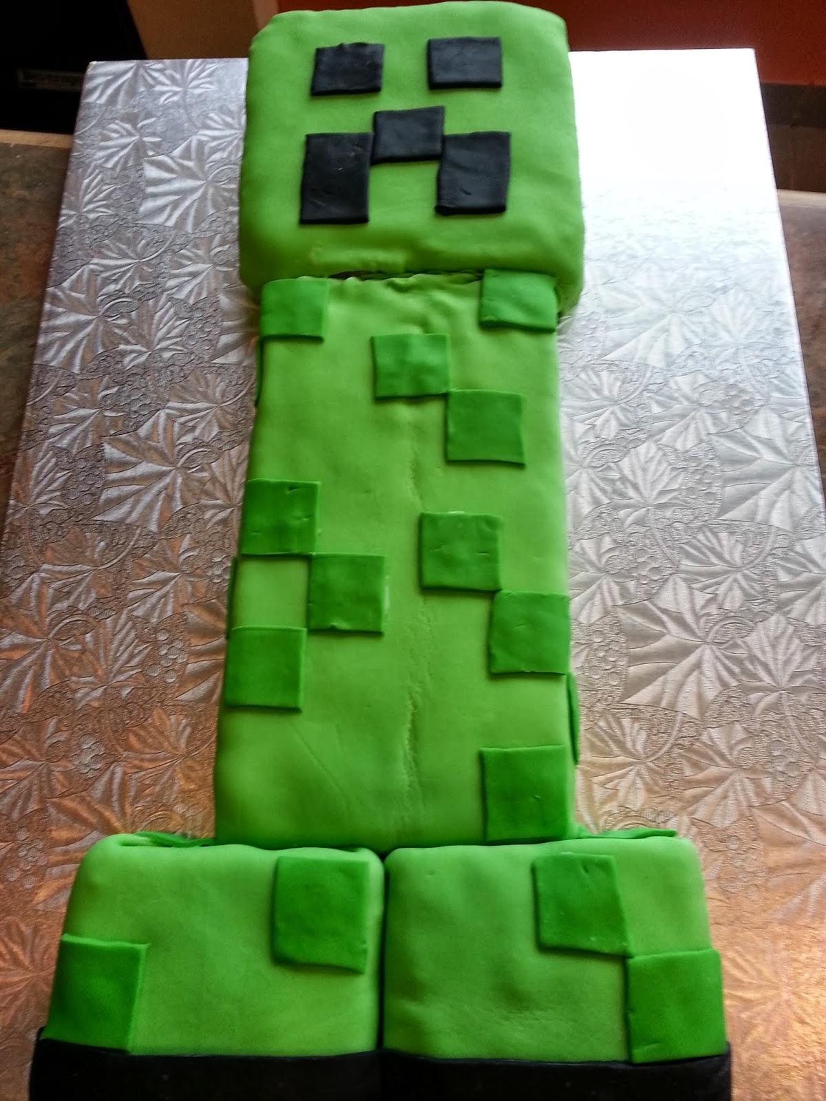 Creeper Face Cake