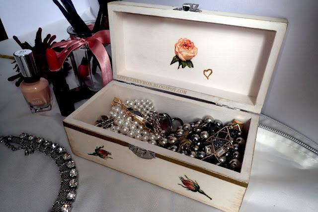 kuferek na biżuterię DIY