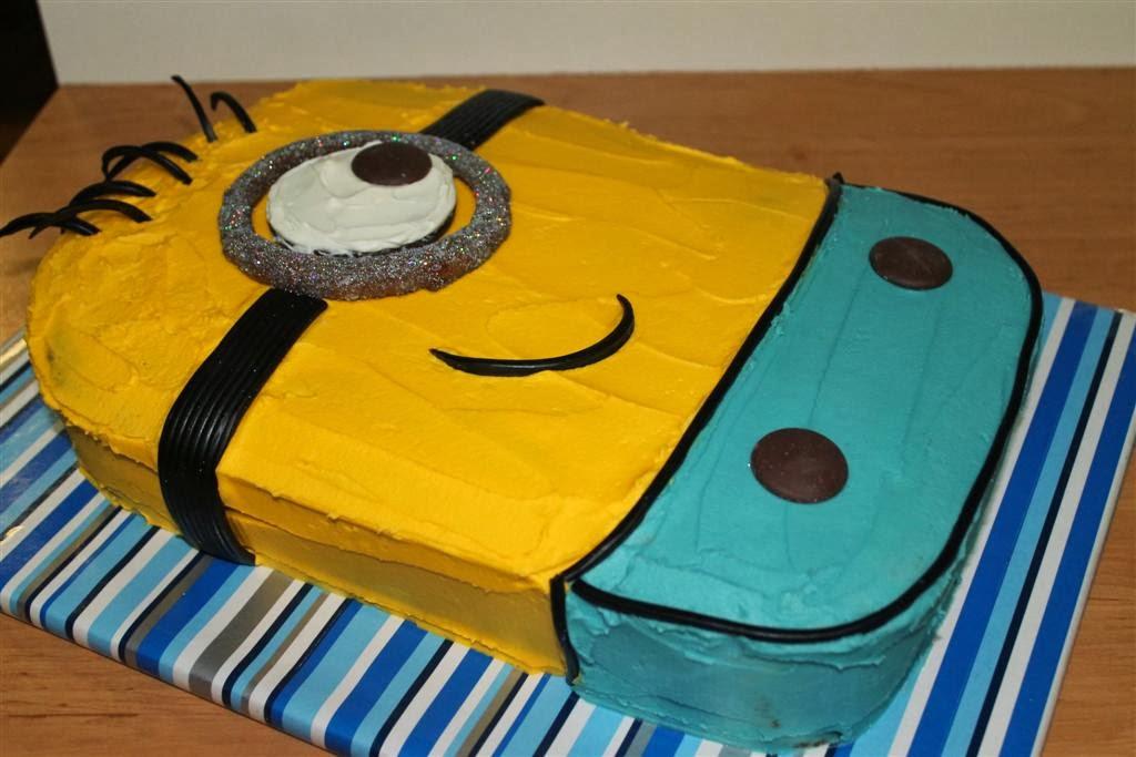 Thimbelina Minion Cake