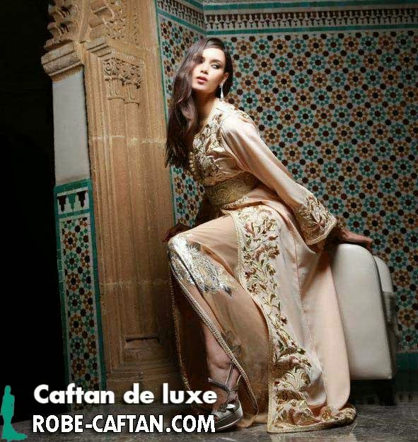 Caftan marocain beige royal