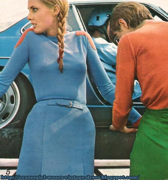 1966 60s 1960 race car skirt n shetland bleu porcelaine . BOB ART . avec un maillot de hockeyeur . DOROTHEE BIS