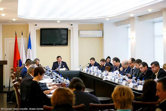 Городской Совет Сергиева Посада принял отставку Виктора Букина