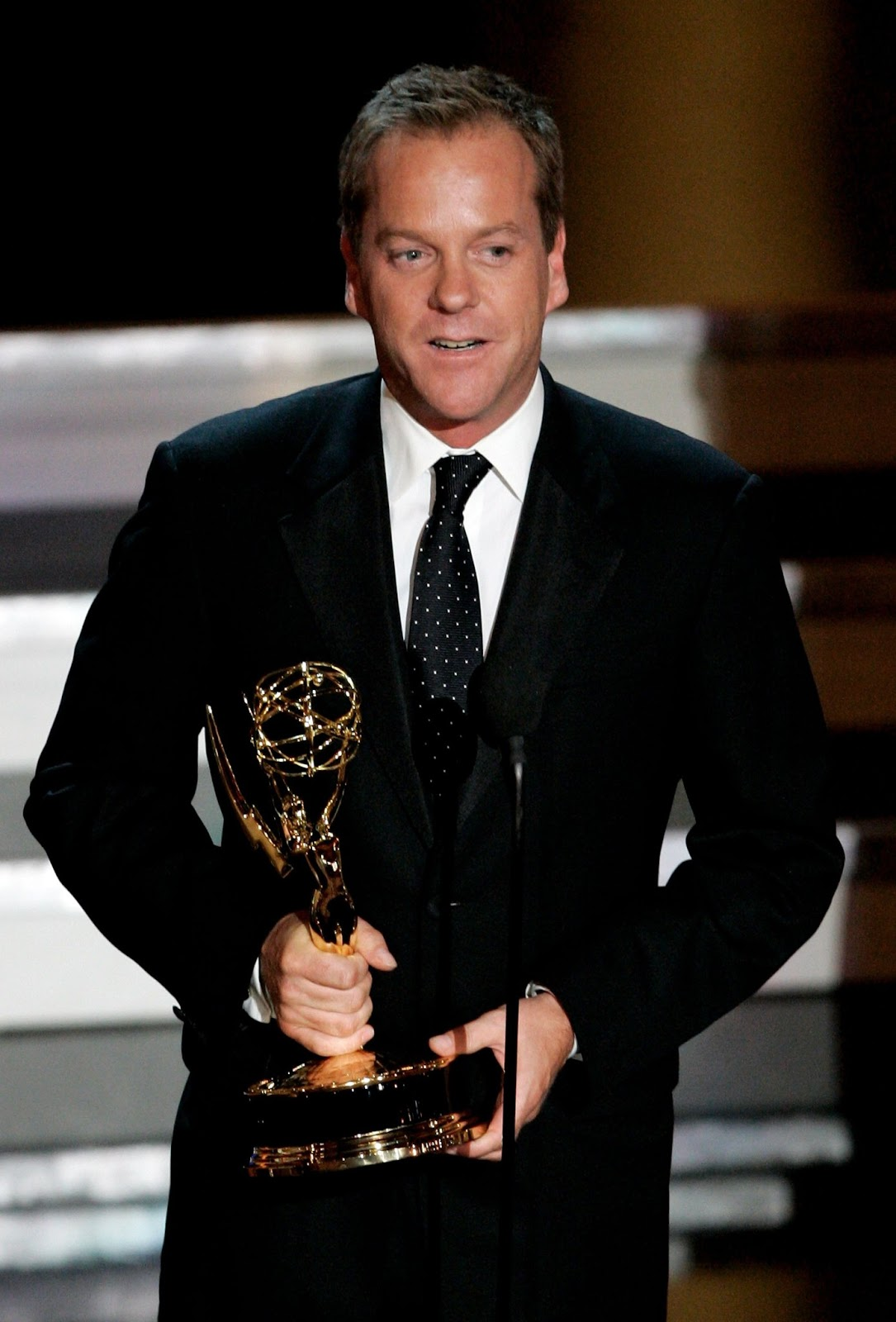 Kiefer Sutherland Photos Tv Series Posters And Cast
