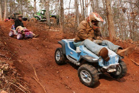 Extreme barbie jeep racing #1