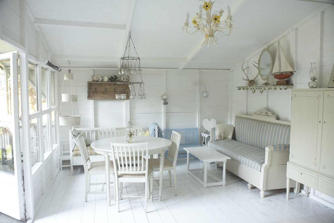 Shabby chic interiors blossom zine blog - Chic country house architecture with adorable interior design ...