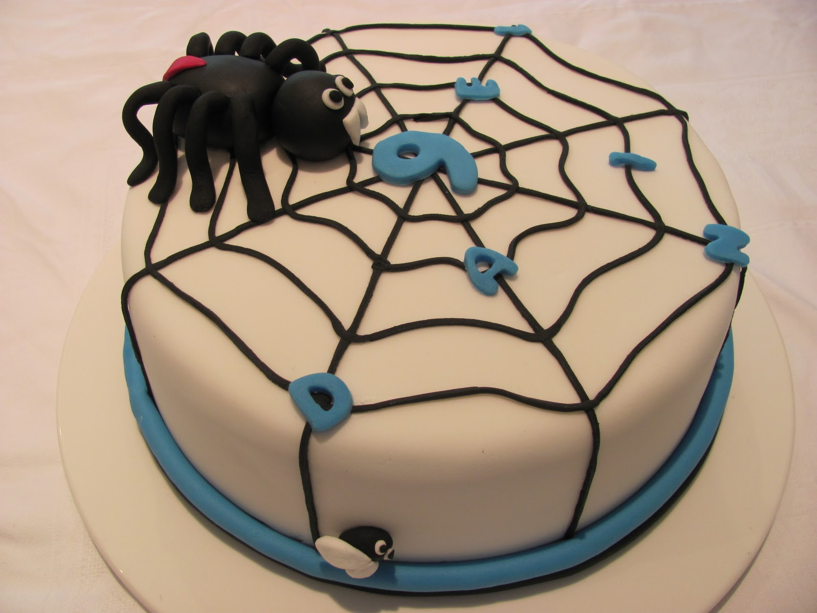 Mud Cake And More Scary Spider Birthday Cake