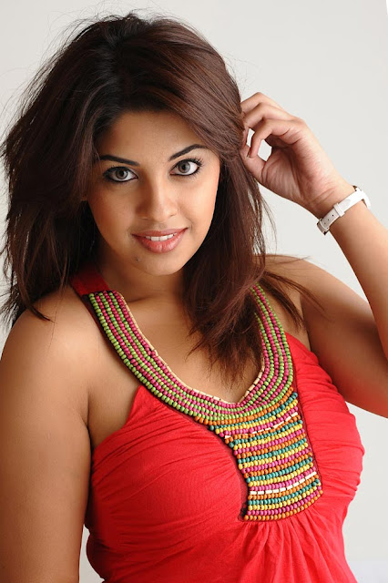 Richa Gangopadhyay pics