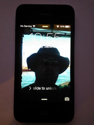 iPhone 4, iOS 7 Lock screen
