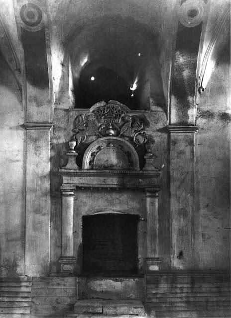 Przysucha, bóżnica murowana. Aron ha-kodesz, stan ok. 1960 r.